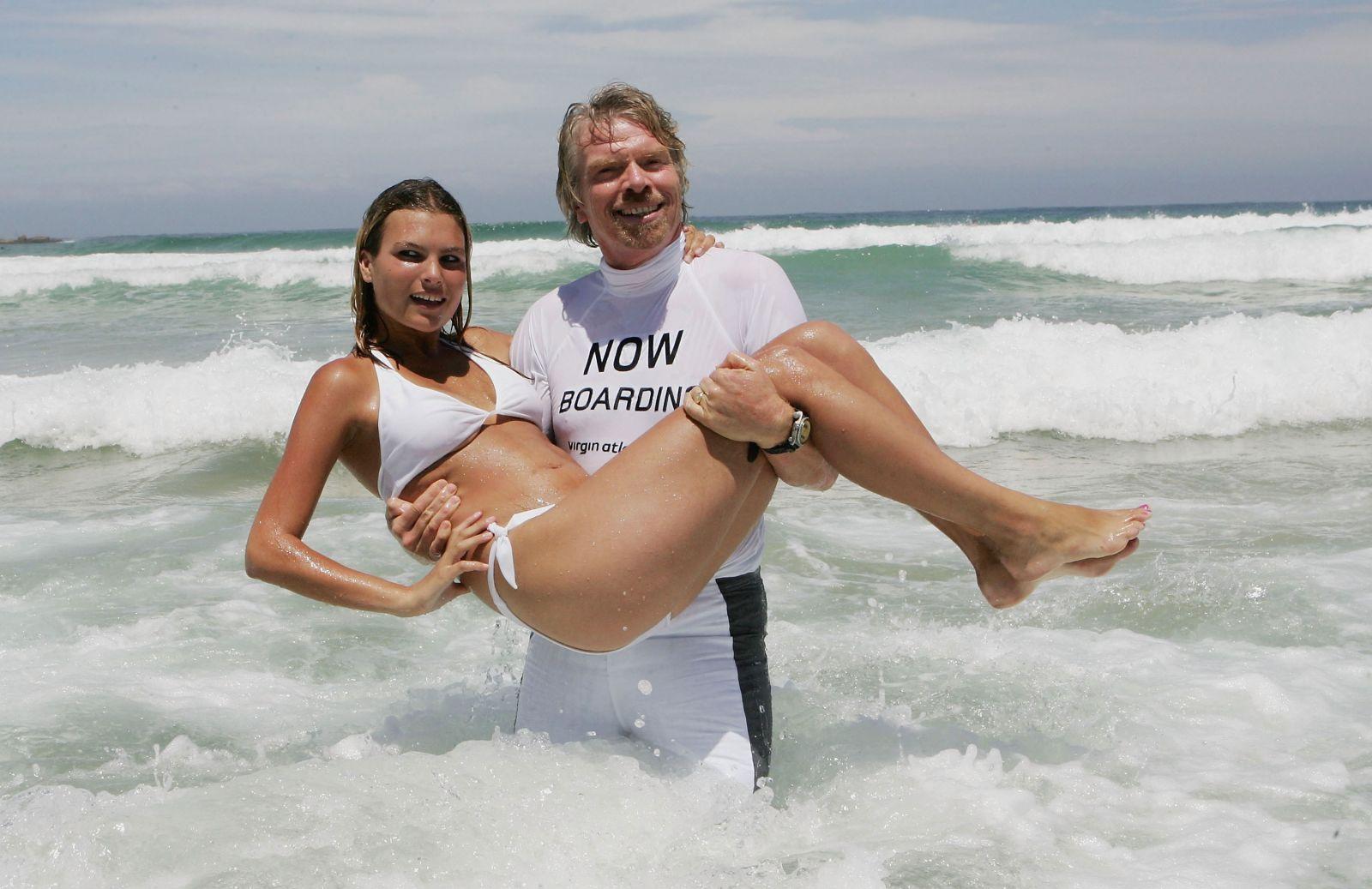 Bikini dating site-in-Donellis Crossing
