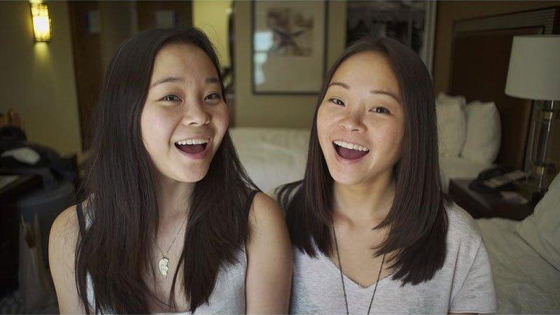 twins-separated-at-birth-samantha-futerman-anais-bordier-1