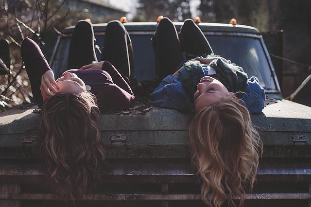 girls-friends