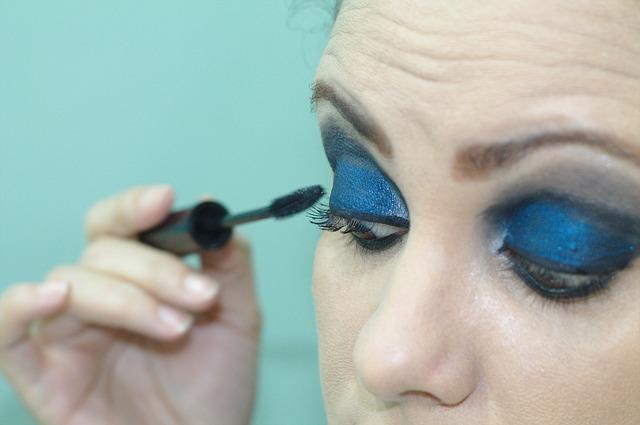 13-make-up
